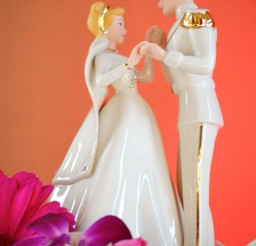 1024x1360px Cinderalla Wedding Cakes Figures Picture in Wedding Cake