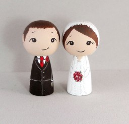 1024x807px Couple Winter Wedding Cake Toppers Picture in Wedding Cake