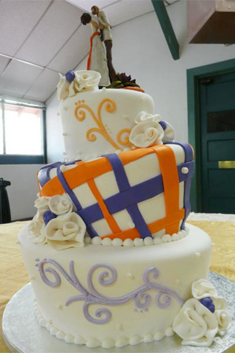 Creative Wedding Cakes Colorado Springs Picture in Wedding Cake