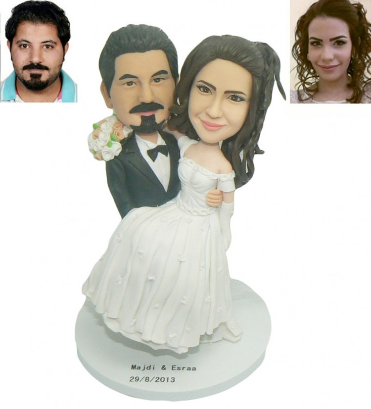 Custom Cake Toppers For Wedding Cakes Picture in Wedding Cake