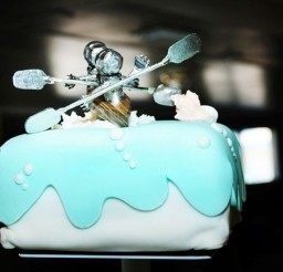 1024x679px Custom Kayak Wedding Cake Topper Picture in Wedding Cake