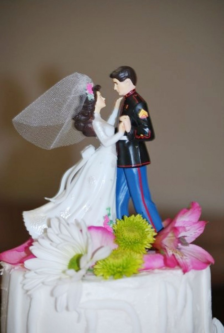 Custom Marine Wedding Cake Toppers Picture in Wedding Cake