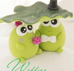 1024x1535px Cute Frog Wedding Cake Topper Picture in Wedding Cake
