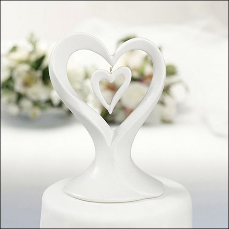 Double Heart Wedding Cake Topper Picture in Wedding Cake