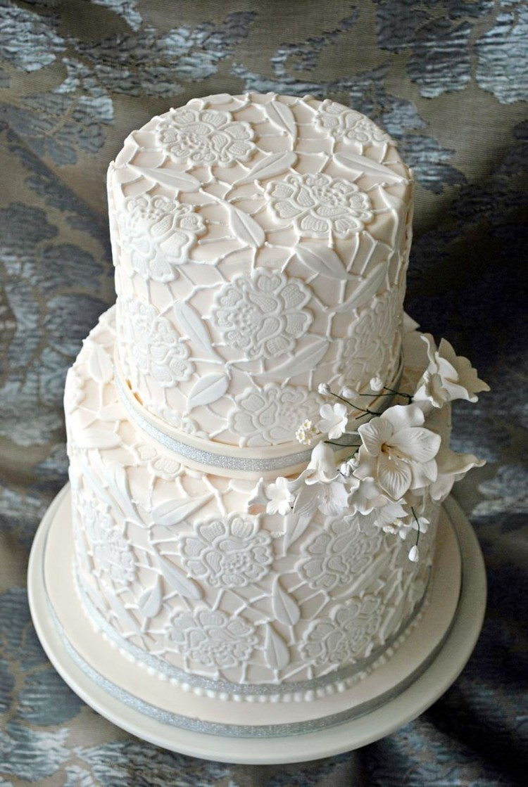 Double Layer Wedding Cake Pic 6 Picture in Wedding Cake