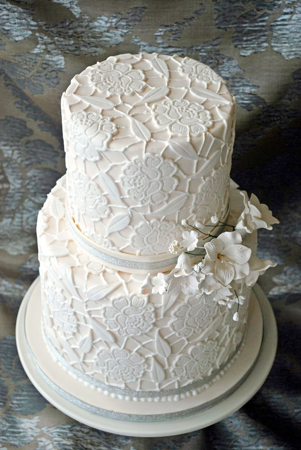 Double layer wedding cake pic 6 wedding cake cake ideas for Wedding cake layer
