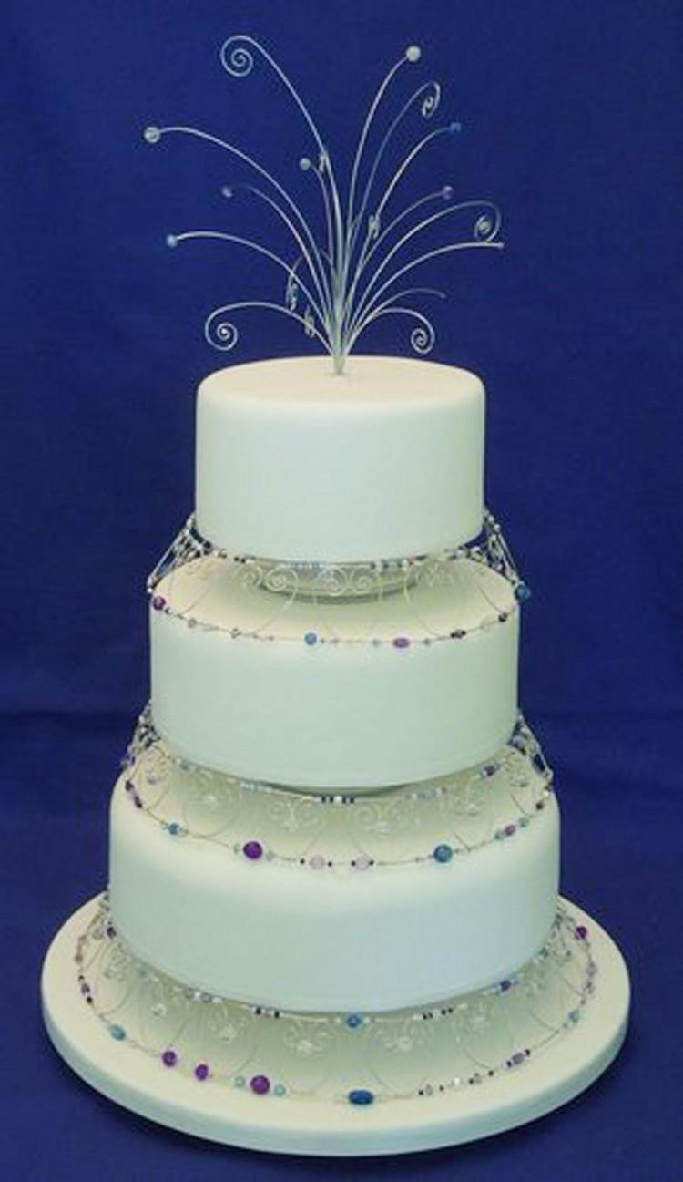 Elegant Wedding Cake Jewelry Picture in Wedding Cake