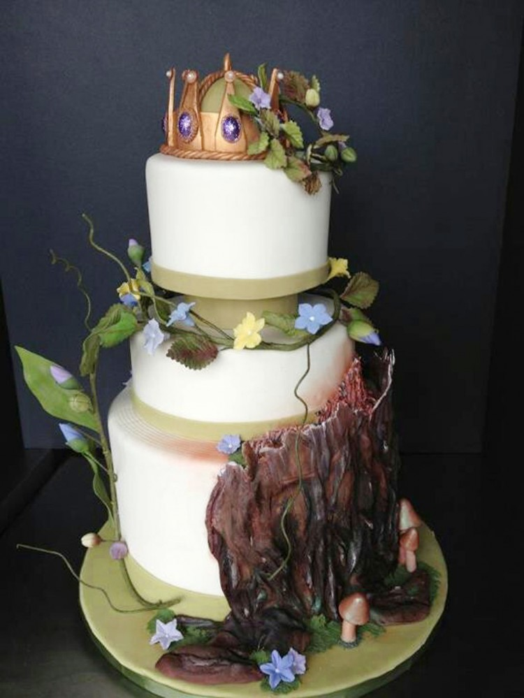 Fairy Tale Wedding Cake Toppers Picture in Wedding Cake
