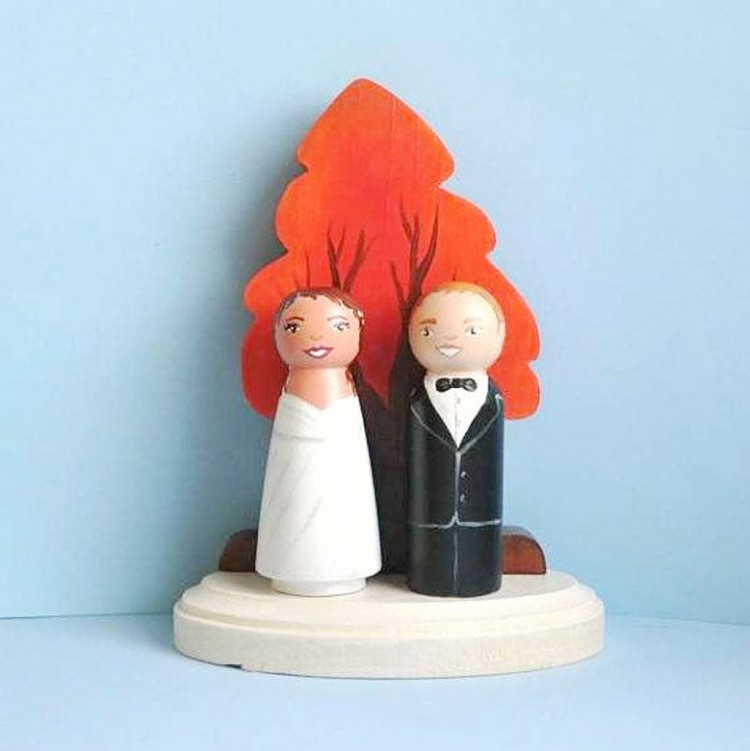 Fall Tree Wedding Cake Topper Picture in Wedding Cake