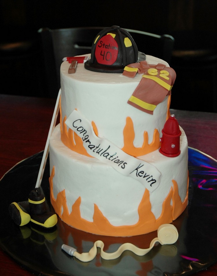 Firefighter Wedding Cakes Picture in Wedding Cake