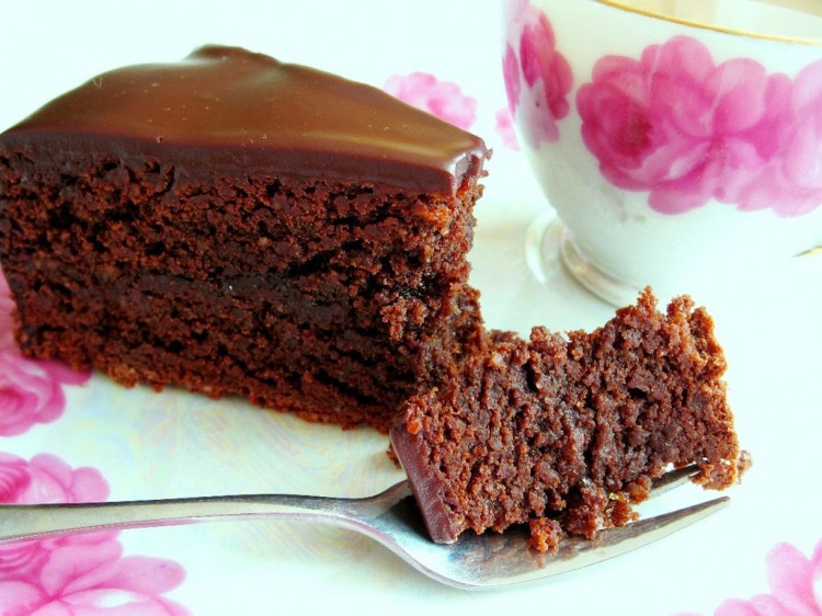 Flourless Chocolate Cake Lava Picture in Chocolate Cake