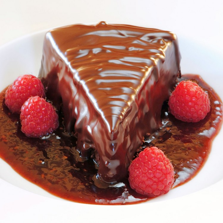 Flourless Chocolate Cake With Raspberry Ganache Picture in Chocolate Cake