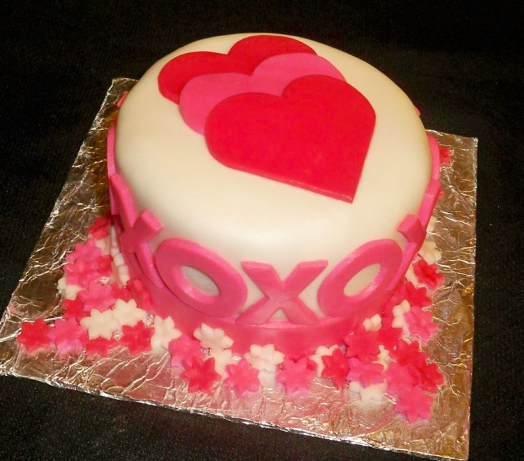 Fondant Covered Pound Cake For Valentines Picture in Valentine Cakes
