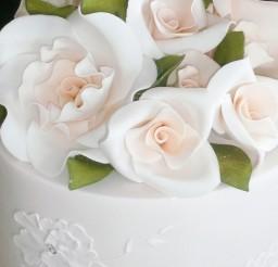 1024x1366px Fondant Wedding Cake Flowers Picture in Wedding Cake