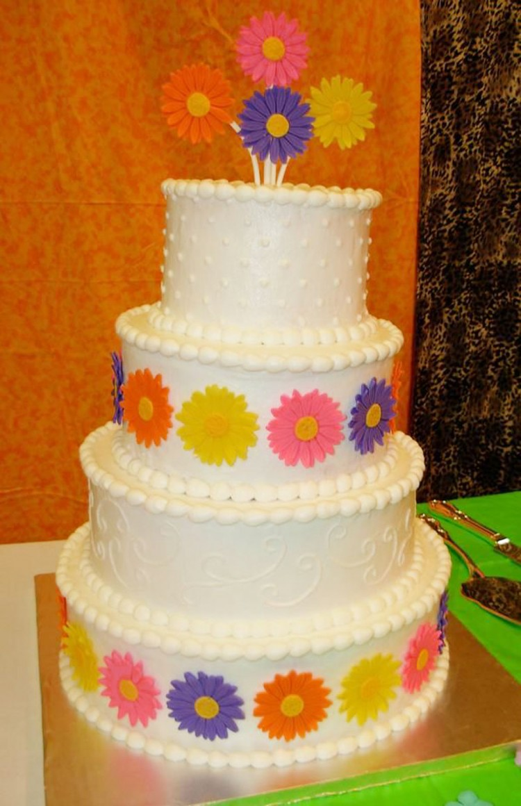 Gerbera Daisy Wedding Cakes Picture in Wedding Cake