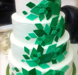 1024x1600px Green Diamond Wedding Cakes Picture in Wedding Cake