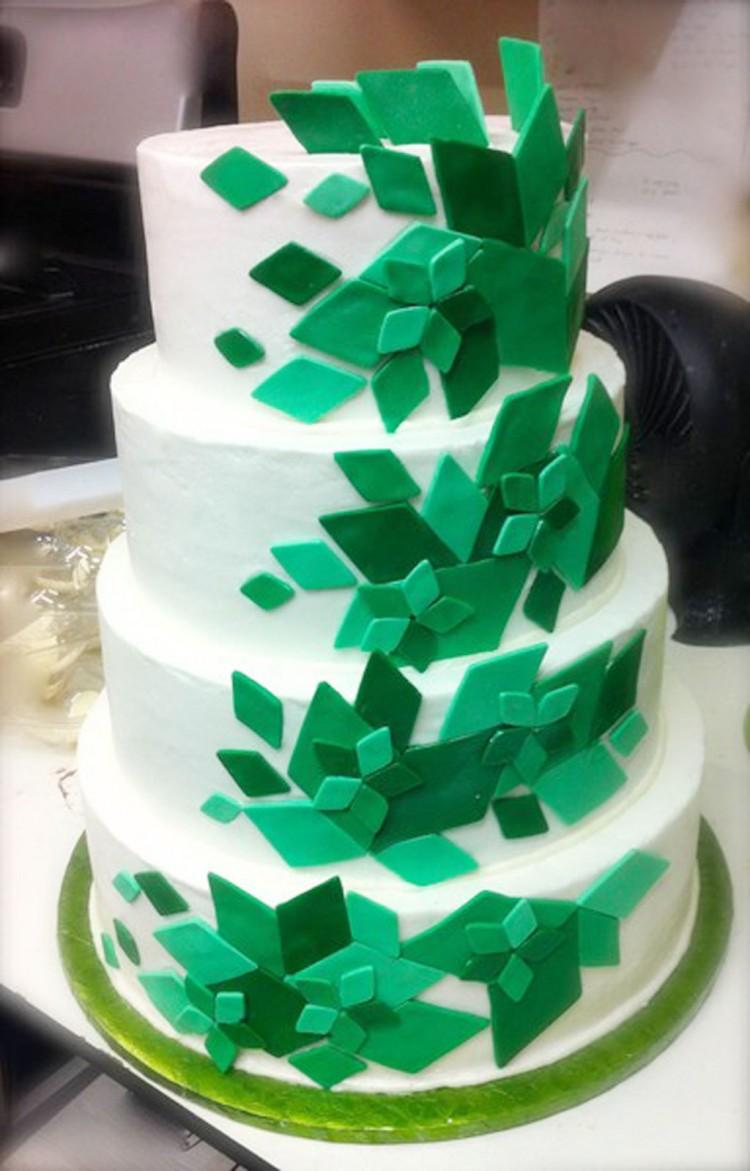 Green Diamond Wedding Cakes Picture in Wedding Cake