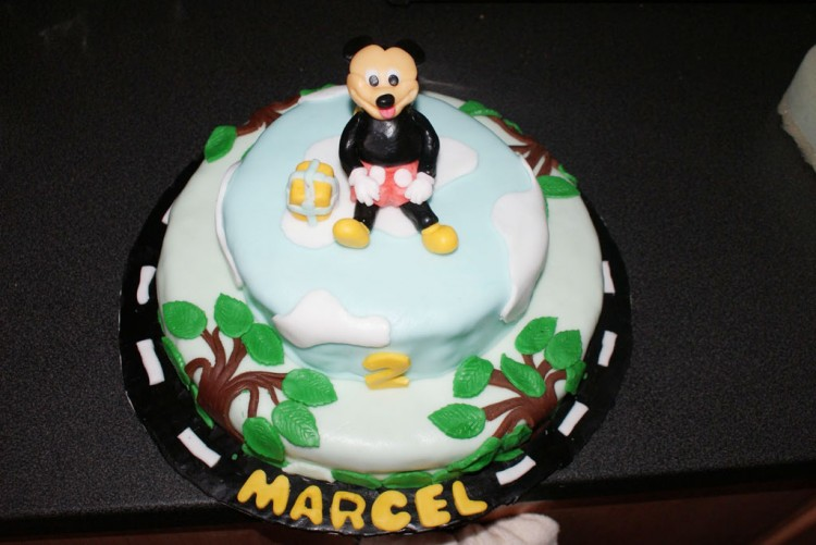 Homemade Mickey Mouse Birthday Cake Design Picture in Birthday Cake