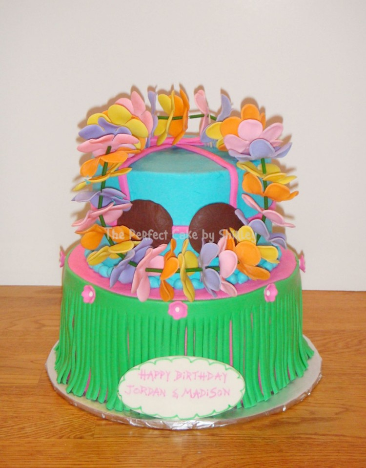 Lets Hula Birthday Cake Picture in Birthday Cake