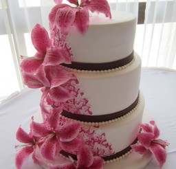 1024x1365px Pink Stargazer Lilies Wedding Cakes Picture in Wedding Cake