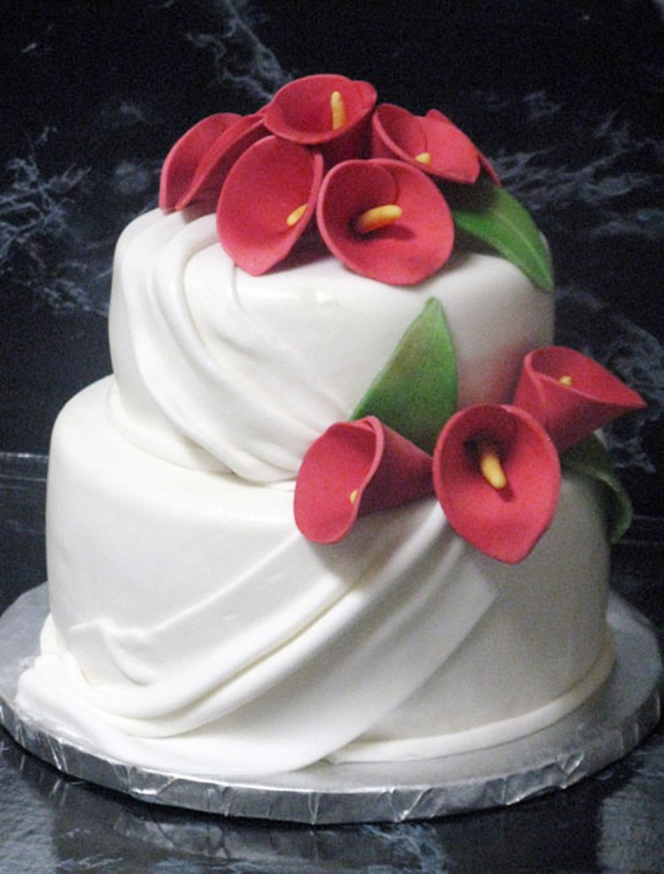 Red Calla Lily Wedding  Cake Design 3 Picture in Wedding Cake