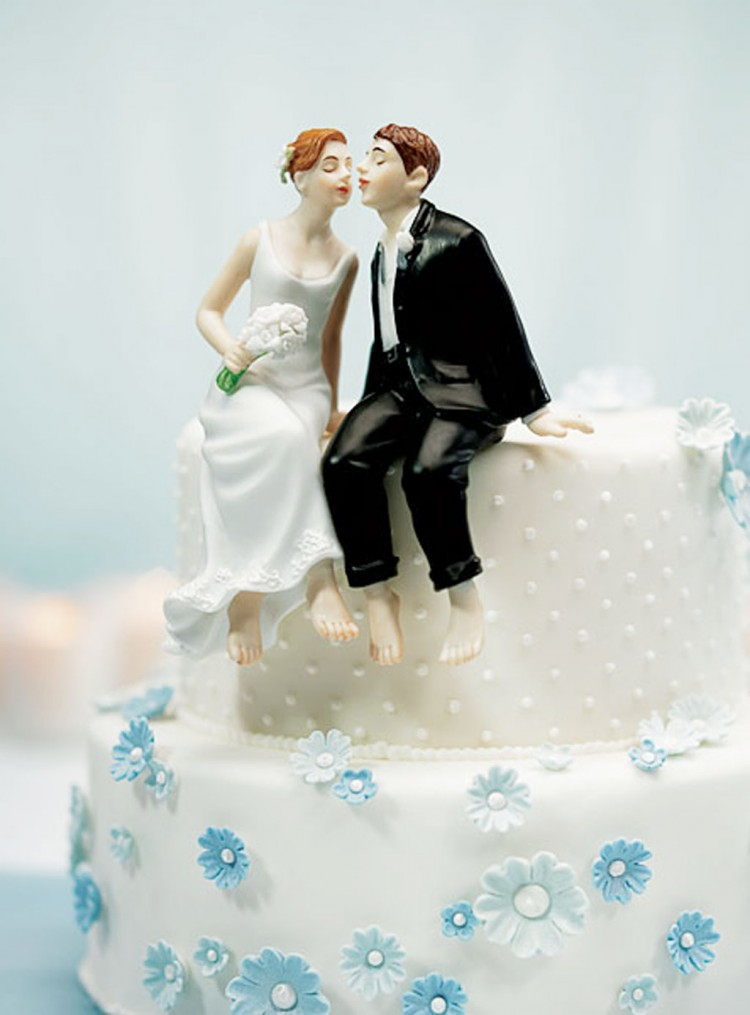 Romantic Wedding Cakes Topper Picture in Wedding Cake