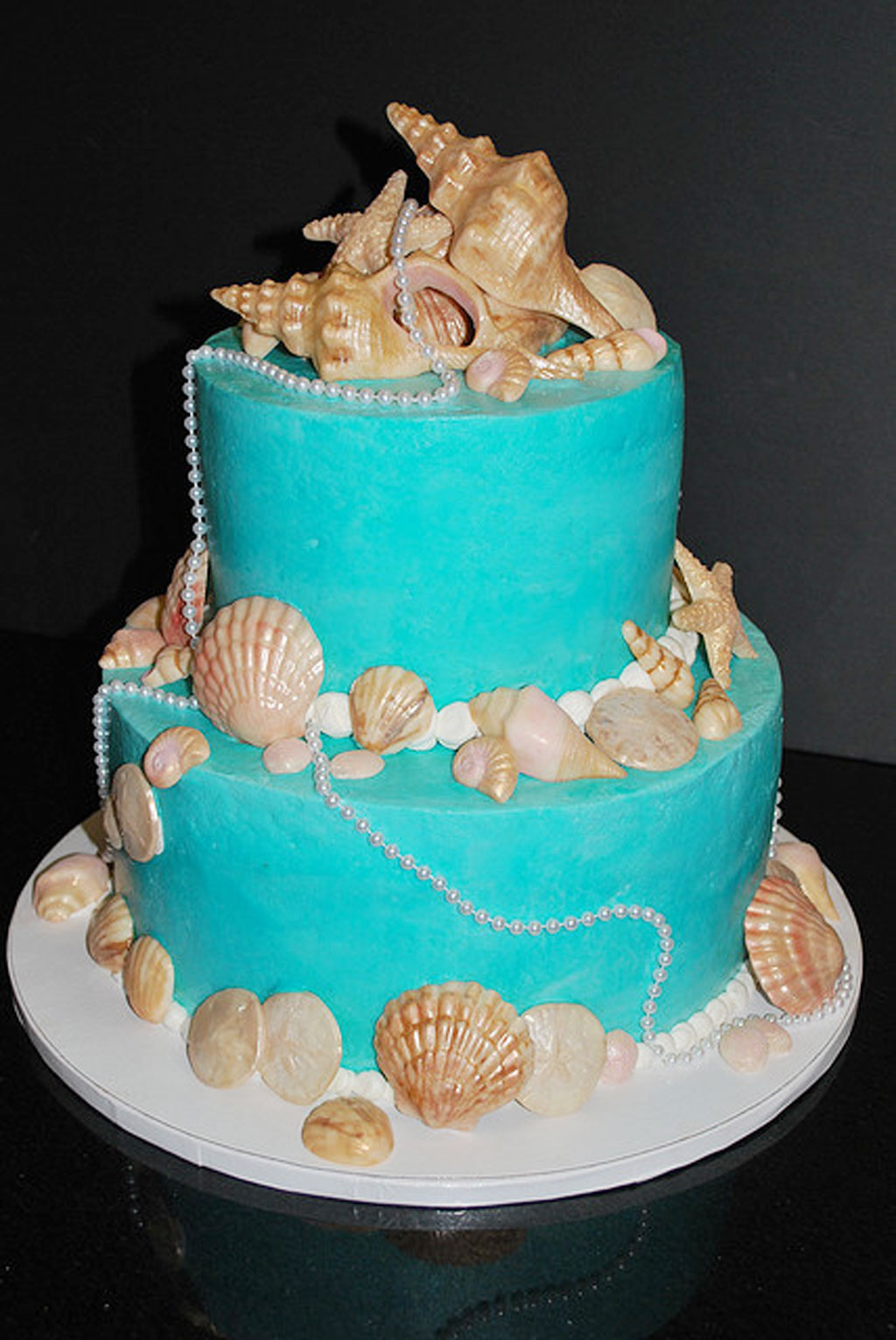 Round Seashell Wedding Cakes Picture In Cake