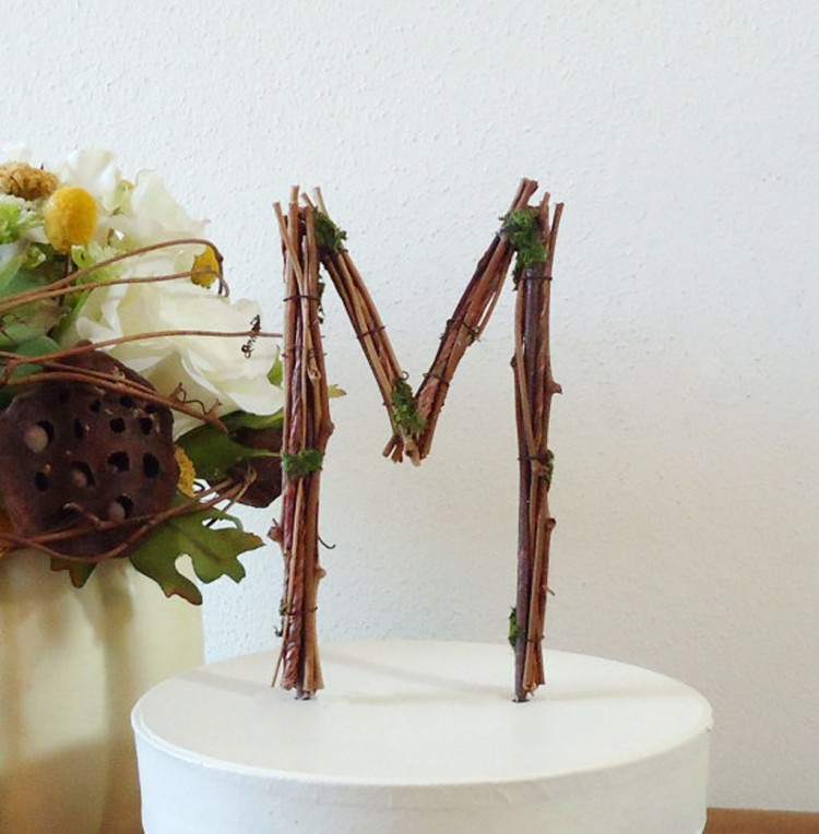 Rustic Wedding Cake Topper Ideas Picture in Wedding Cake