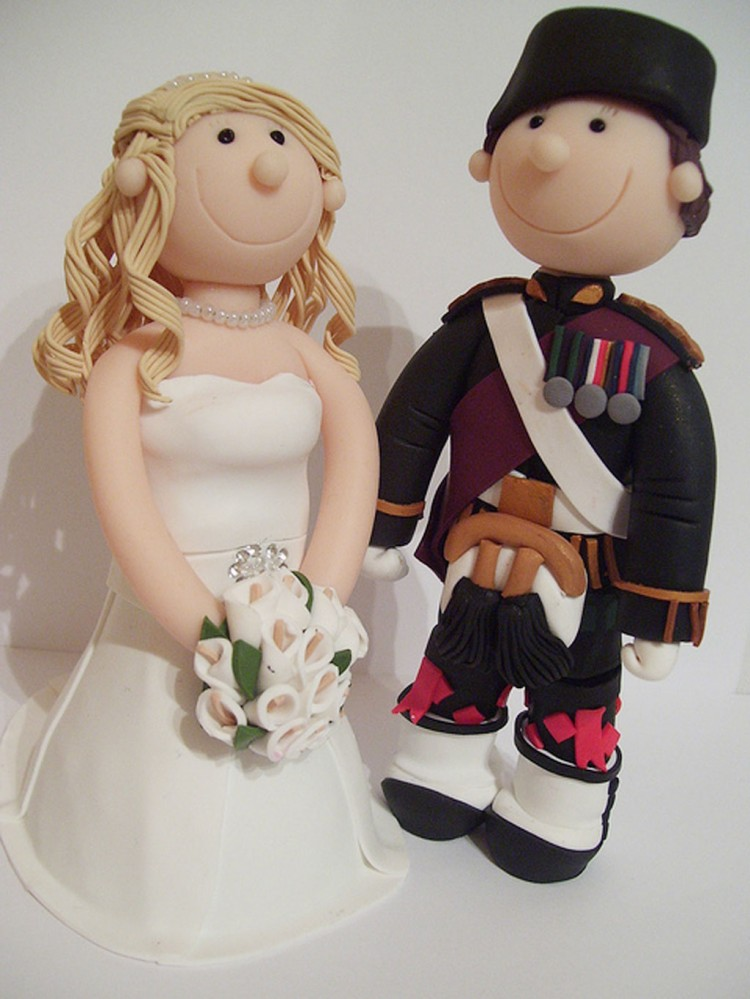Scottish Military Wedding Cake Toppers Picture in Wedding Cake