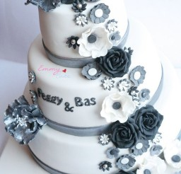 1024x1535px Silver Wedding Cakes With Flowers Picture in Wedding Cake