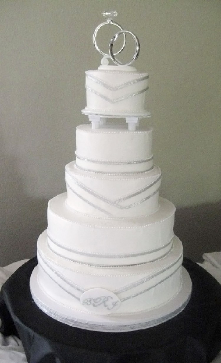 Simple Silver Wedding Cakes Picture in Wedding Cake