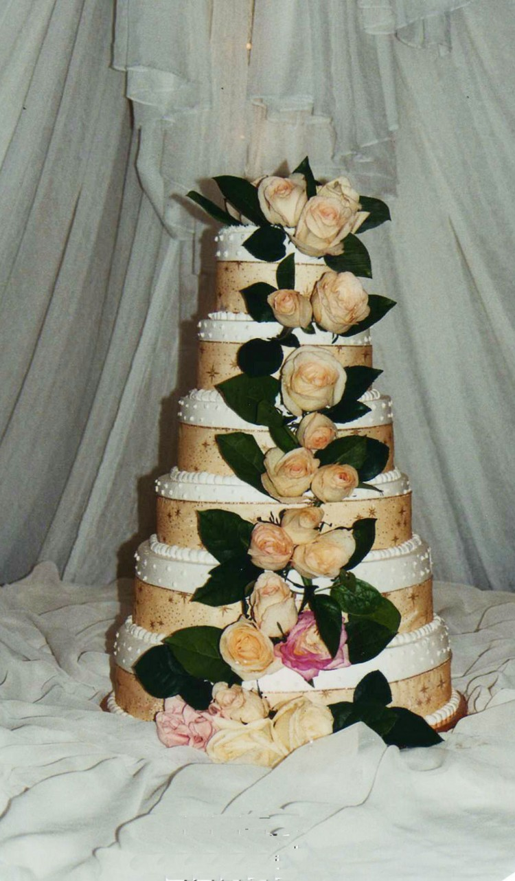 Tier Wedding Cake Multiple Fillings Picture in Wedding Cake