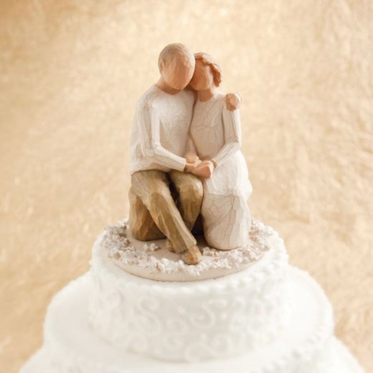 Tree Stump Wedding Cake Topper Picture in Wedding Cake