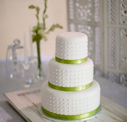 1024x1536px Triple Layer Wedding Cake Design 1 Picture in Wedding Cake