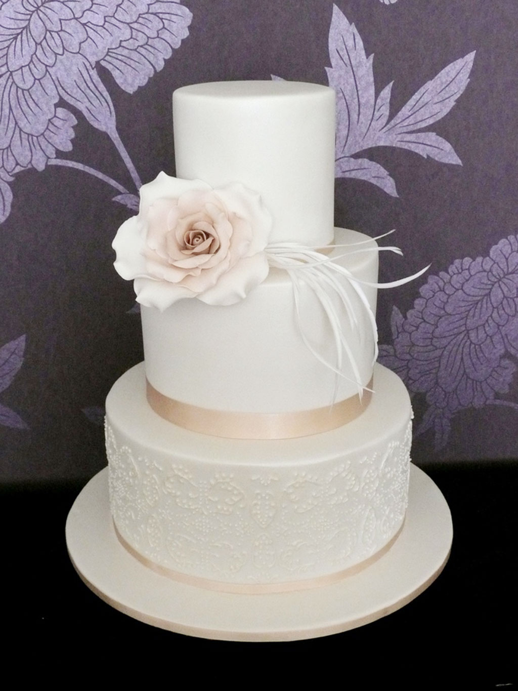 Triple layer wedding cake design 3 wedding cake cake for Wedding cake layer
