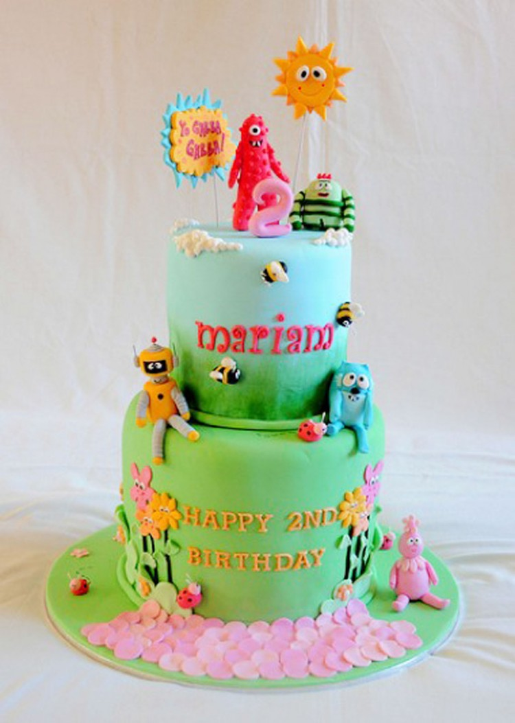 Two Layers Yo Gabba Gabba Birthday Cake Picture in Birthday Cake