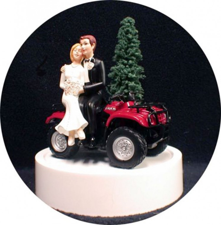 Uad ATV Off Road 4 Wheeler Wedding Cake Topper Picture in Wedding Cake