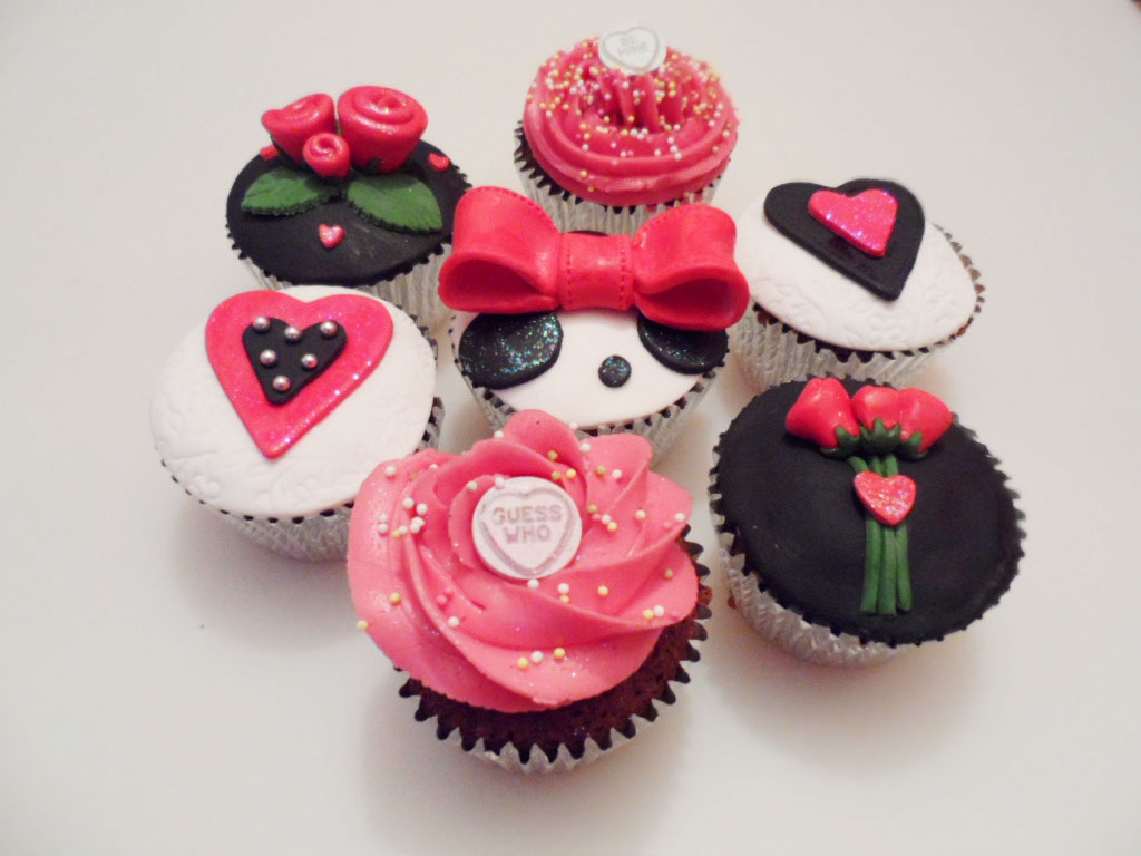 Valentine Cup Cakes Ideas Picture In Valentine Cakes
