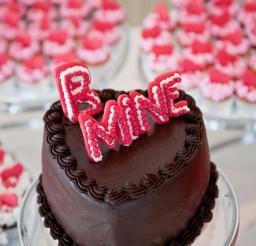 1024x1536px Valentine Wedding Cake In Dc Geoff Chessman Visuals Picture in Wedding Cake
