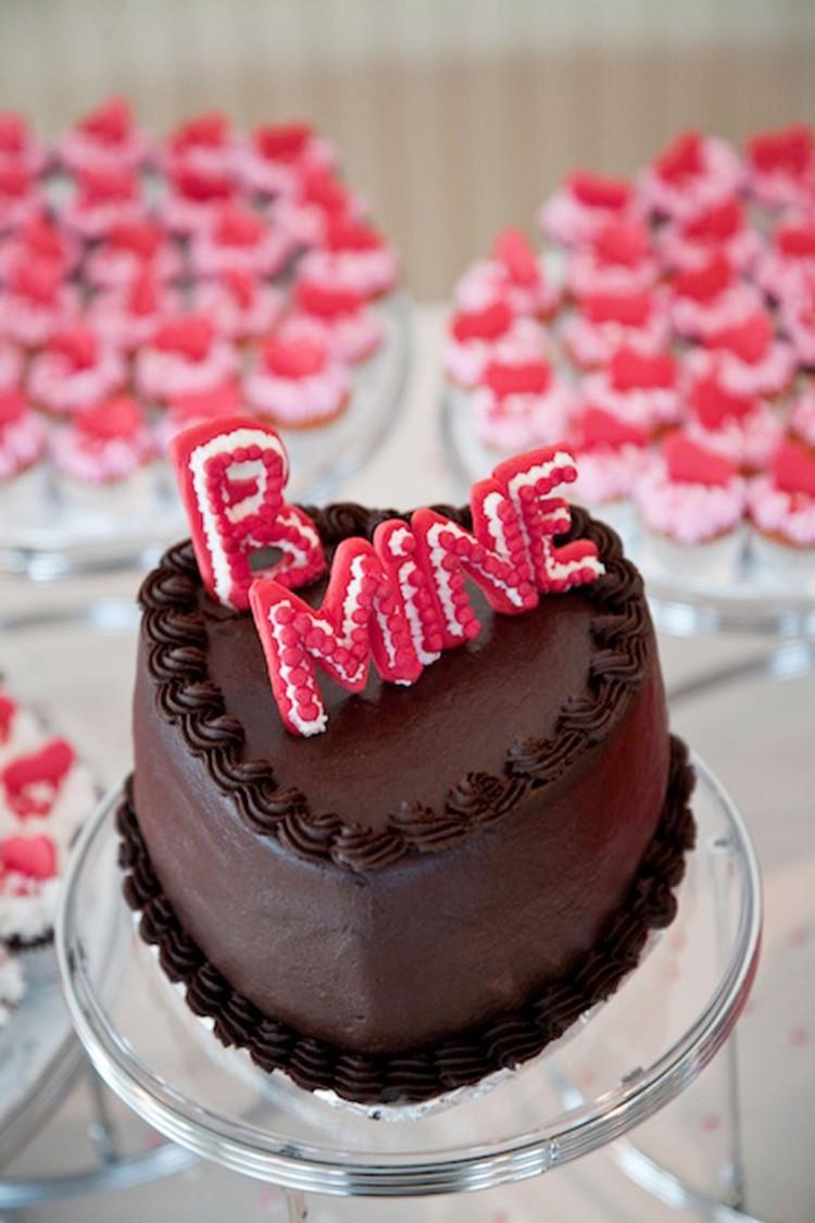 Valentine Wedding Cake In Dc Geoff Chessman Visuals Picture in Wedding Cake