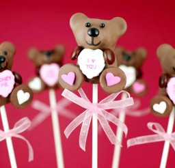 1024x731px Valentines Bear Cake Pops Picture in Valentine Cakes