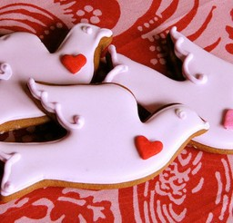 1024x553px Valentines Day Bird Cookies Picture in Valentine Cakes