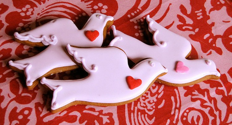 Valentines Day Bird Cookies Picture in Valentine Cakes