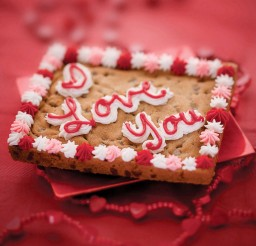 1024x1535px Valentines Day Cookie Cake 1 Picture in Valentine Cakes