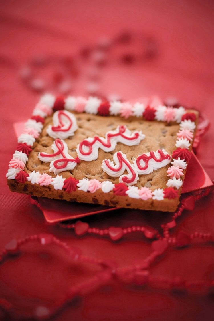 Valentines Day Cookie Cake 1 Picture in Valentine Cakes