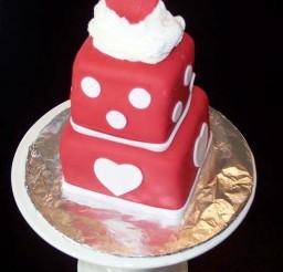 1024x1365px Valentines Day Fondant Mini Cake Picture in Valentine Cakes