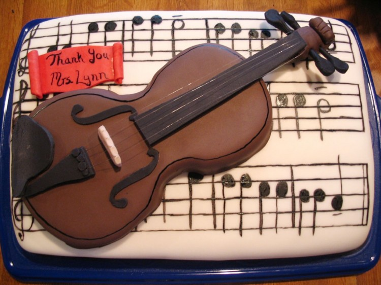 Violin Birthday Cakes Picture in Birthday Cake