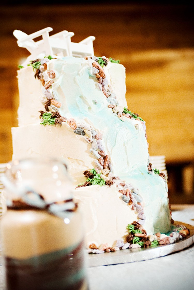 Waterfall Themed Wedding Cakes Picture in Wedding Cake