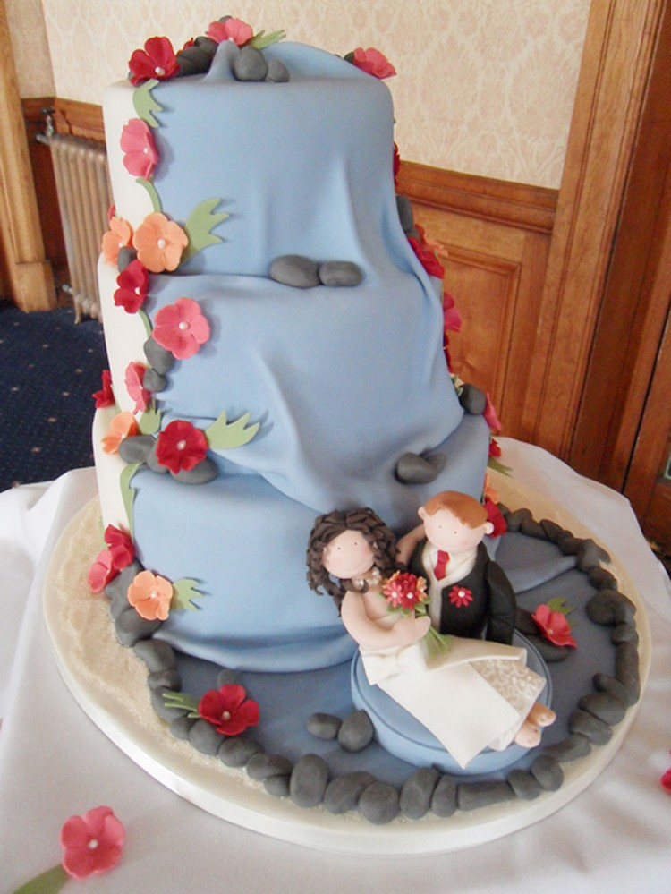 Waterfall Wedding Cake Designs Picture in Wedding Cake