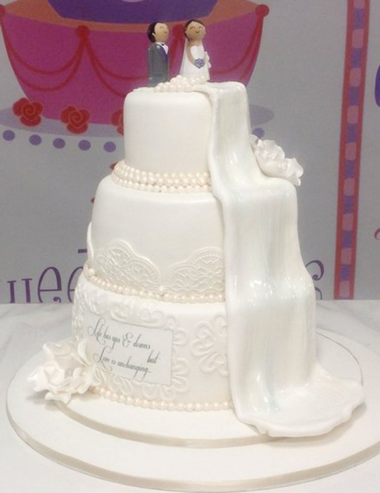 Waterfall Wedding Cake Ideas Picture in Wedding Cake